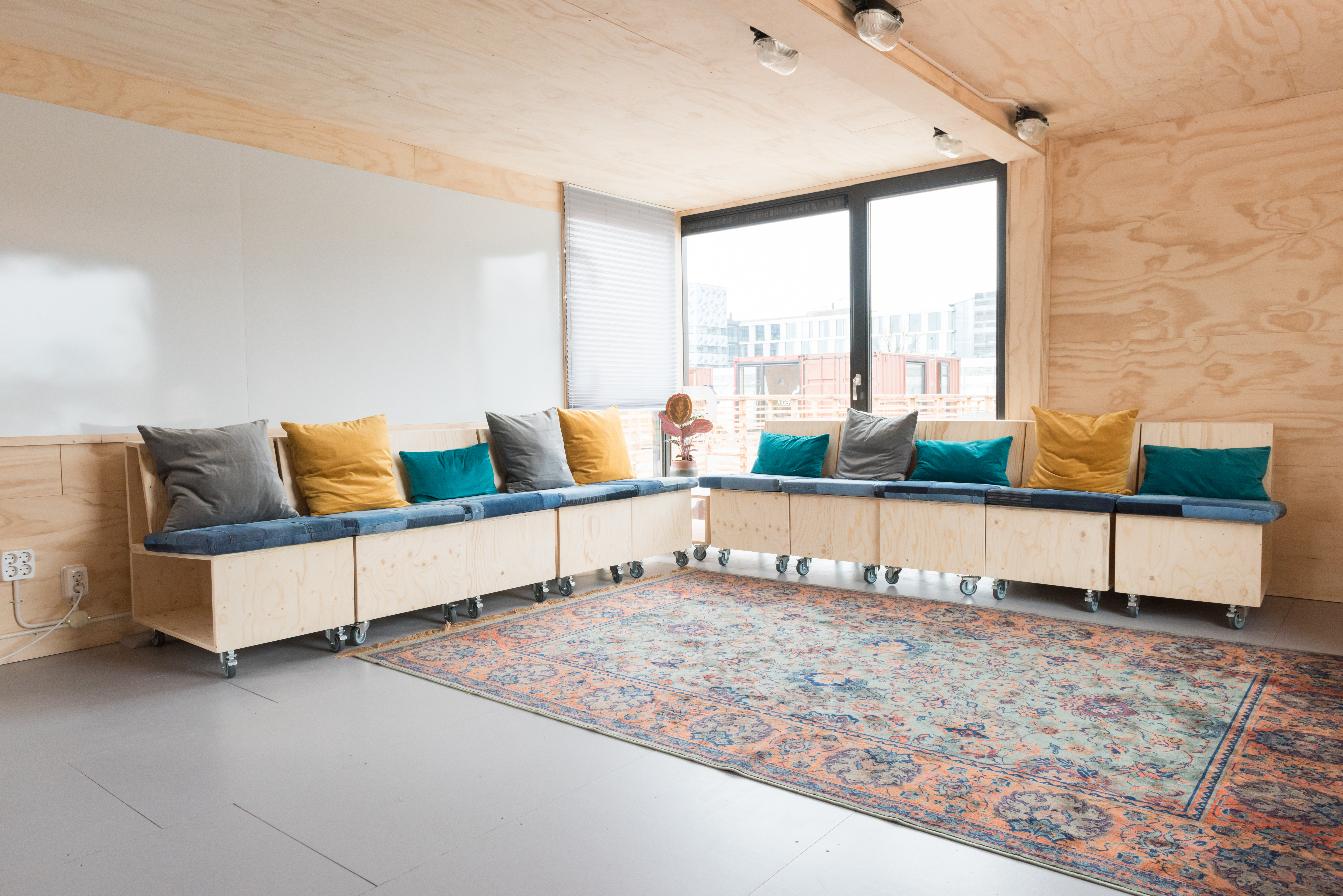 Interieurconcept Interieurontwerp interior Design architectuur architecture Hacking Hackers Amsterdam Haarlem Startup Village Infosupport Innovation Lab Studio Mind Co working space brainstorm kantoor ontwerp flexible interieur interieurstyling